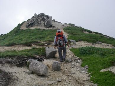 以東岳への稜線