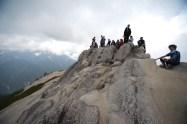 15意外と狭い山頂