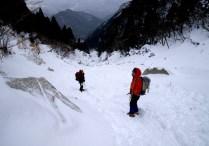 37 裏道も雪の中