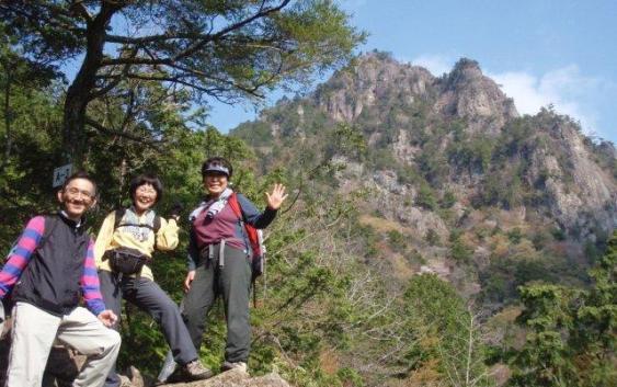 2011年4月24日 雪彦山(せっぴこさん)(915.2m) 兵庫県