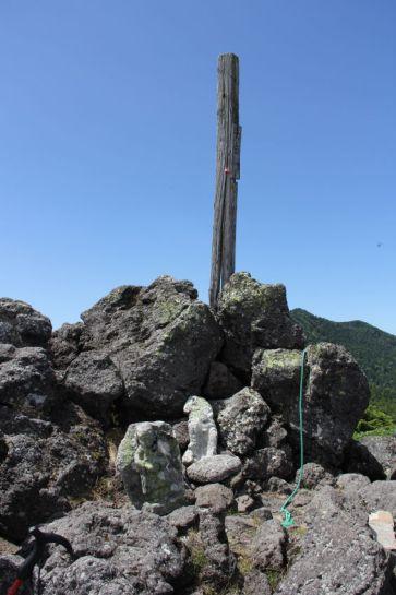 21 大岳山頂