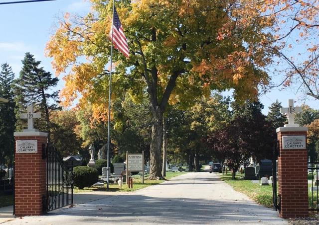 The entrance to Calvary Cemetery (SCHS)