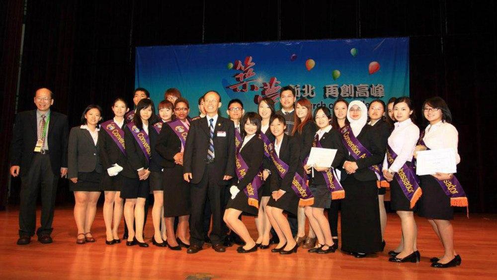[Kisah] Keep living, keep on dreaming : NTUST Outstanding youth award 2012 -Part 2- (2/6)