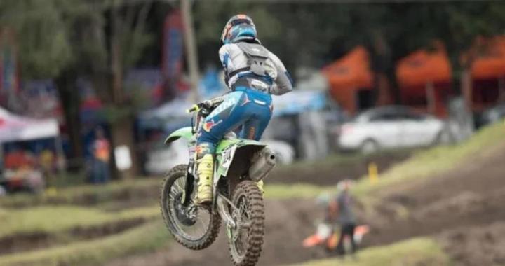Conmoción en el motociclismo: murió en Córdoba «Wey» Zapata, arrollado por otros competidores