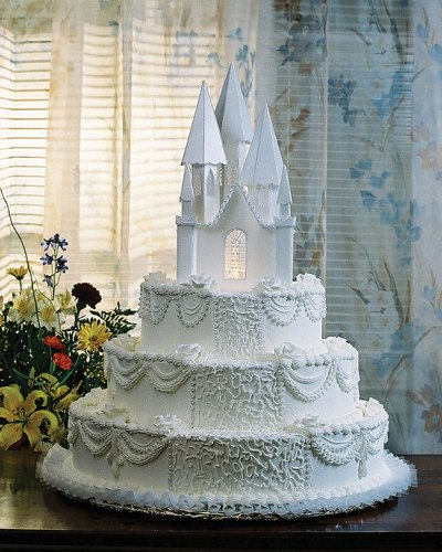 white castle wedding cakes
