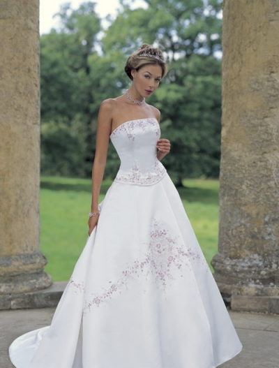 ideal embroidered wedding dress
