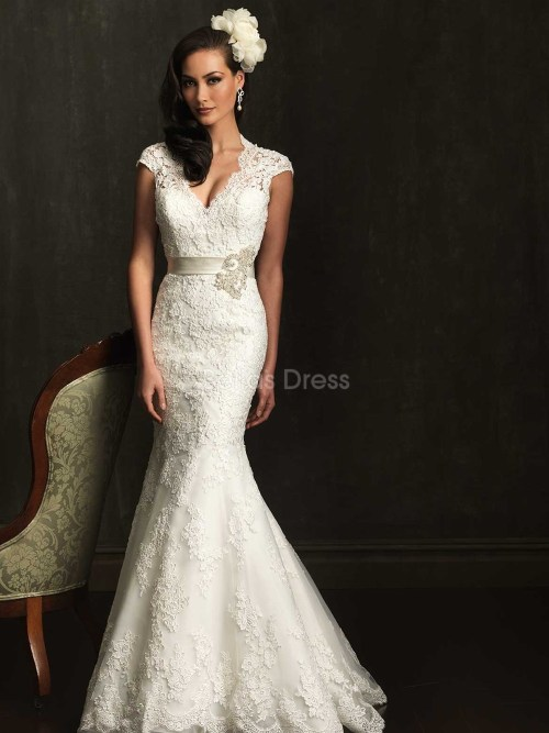 lace mermaid wedding dress with short sleeves