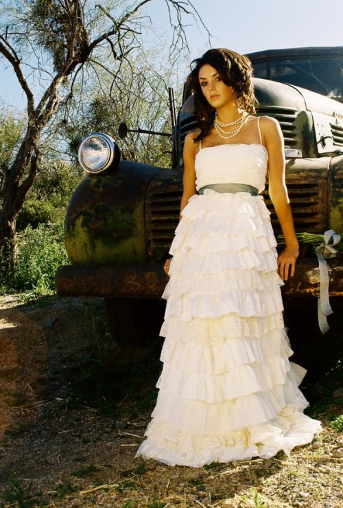Chic And Elegant Photos Of Simple Country Wedding Dresses