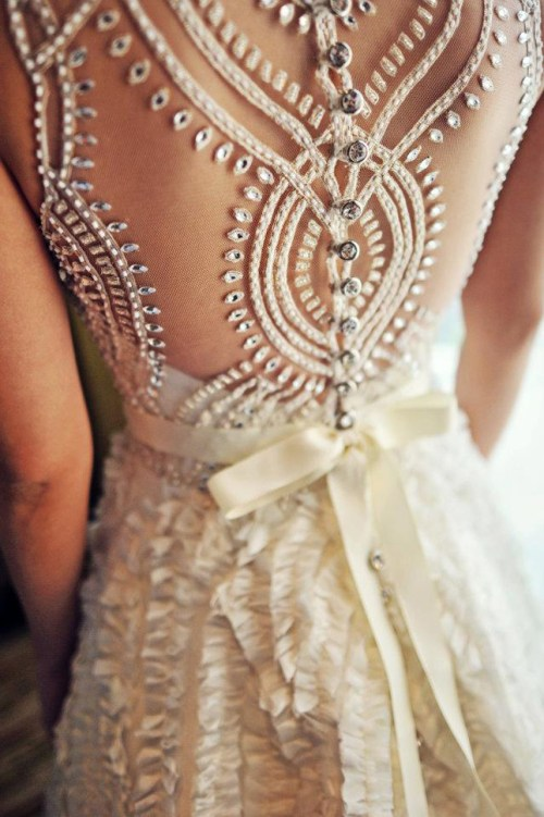 sleeveless wedding dress with amazing back detail
