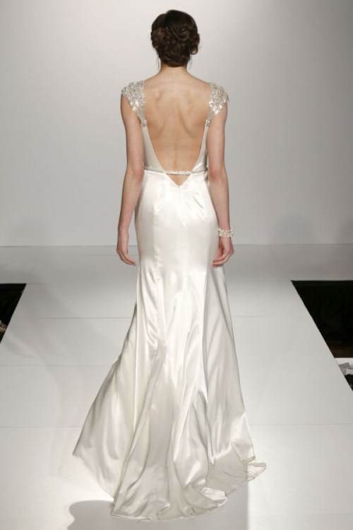 Maggie Sottero wedding dress with back cut out