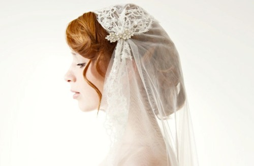 lace wedding veils and headpieces