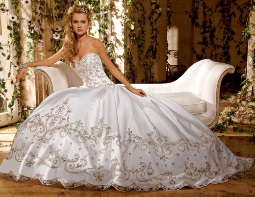 gorgeous big princess wedding dress