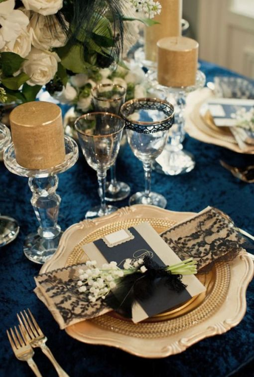 navy blue and gold wedding decorations