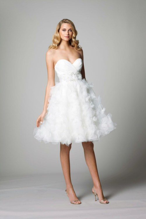 short white country wedding dress with strapless sweetheart neckline