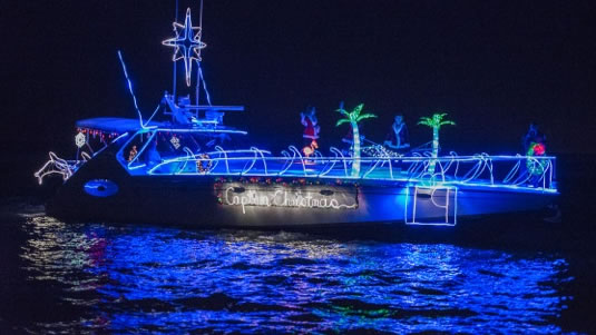 captiva-christmas-boat