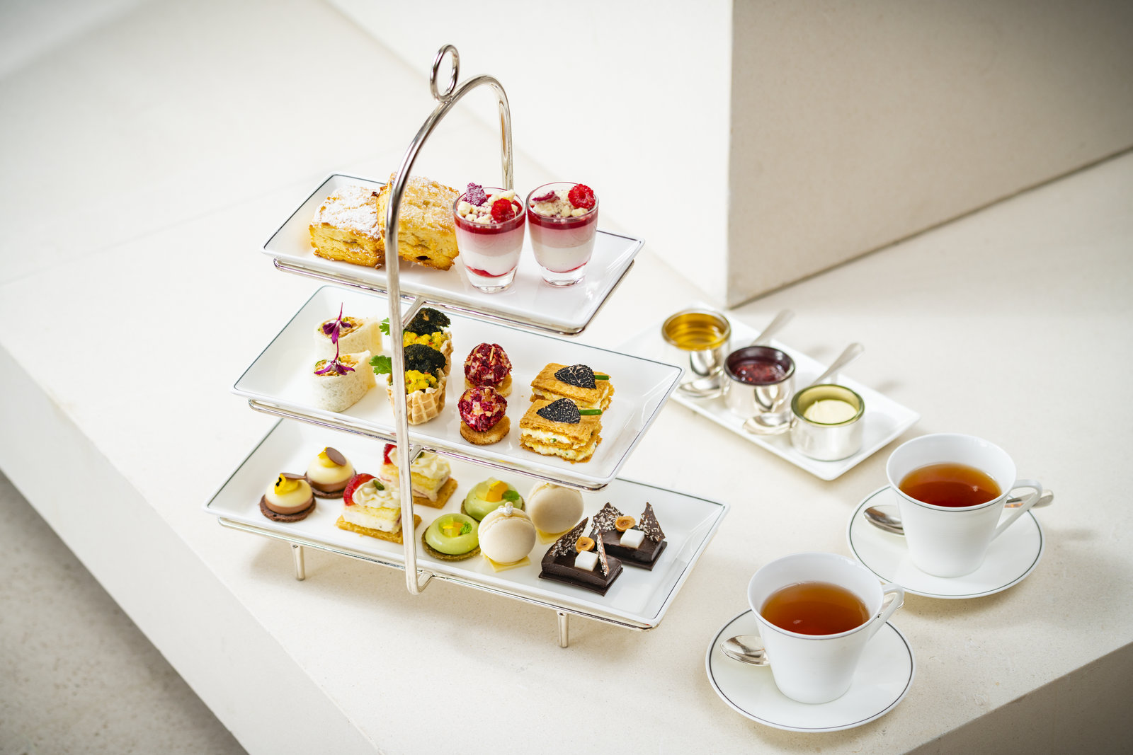 香港奕居Café Gray Deluxe推出時令英式下午茶并送出 Le Labo 禮物包 | Café Gray Deluxe Presents Seasonal Afternoon Tea With Le ...