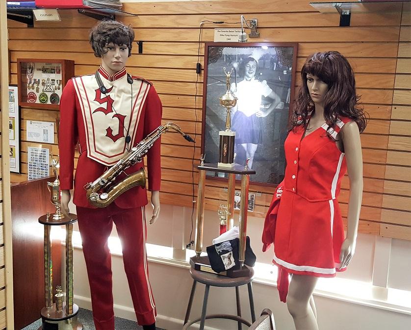 San Juan High School Band & Cheerleader Outfits