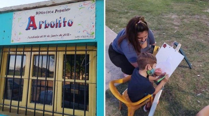 La-Biblioteca-Popular-Arbolito-ofrece-recreación-al-aire-libre-para-los-más-chicos
