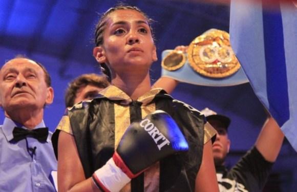 Después de mucho tiempo, Leonela vuelve al ring