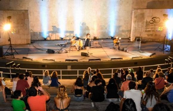 Tango, teatro y músicos solitas en el Anfiteatro Buenaventura Luna