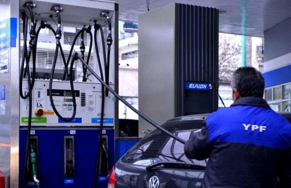 Otra vez sopa: Aumentó el precio del combustible por tercera vez en el año