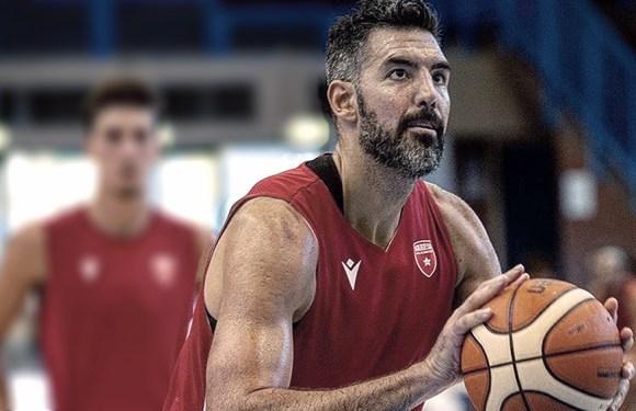 Un grande: Scola marca 30 puntos en el básquetbol de Italia