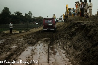 The pool of mud where every vehicle got stuck, moments before our driver accelerated to the fullest