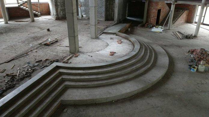 budowa_wylane_schody_prezbiterium2018_01