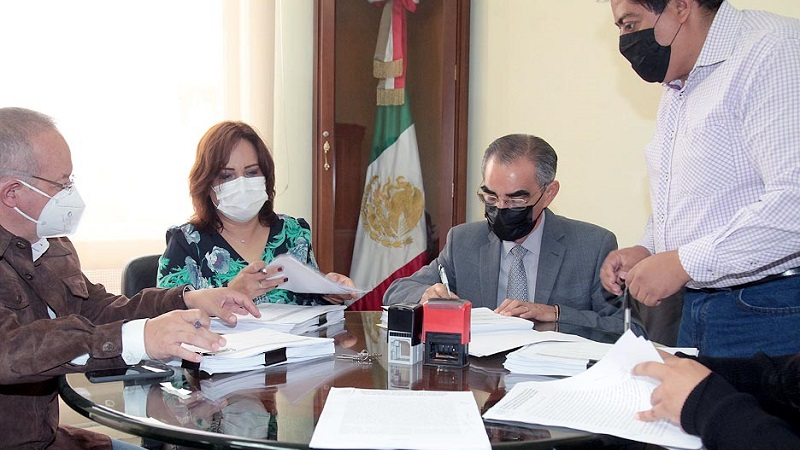 Se realizó la entrega-recepción de la Directiva del Congreso del Estado