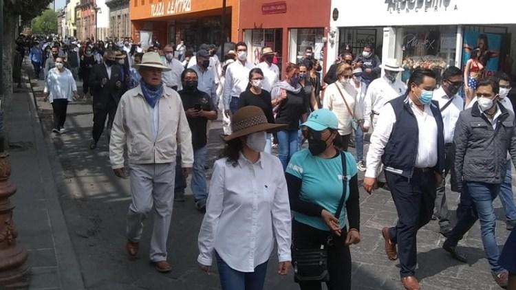 Empresarios y ciudadanos, marchan para exigir justicia para Julio Galindo