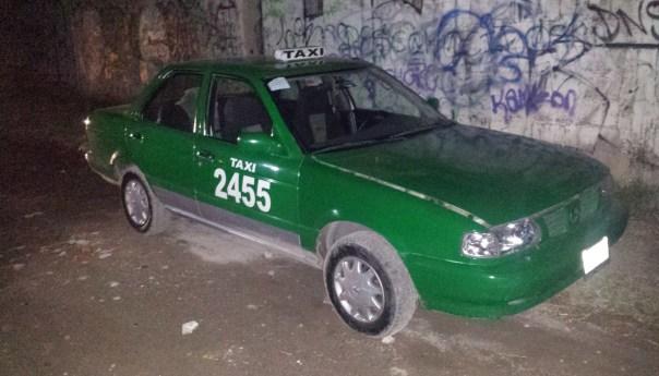 Recuperan Taxi robado con violencia horas después del crimen