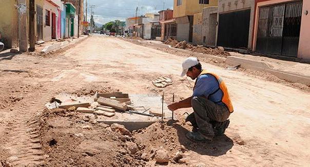 Coordinación entre Ayuntamiento e INTERAPAS, el área de Respuesta Ciudadana canaliza y da seguimiento a solicitudes de la población