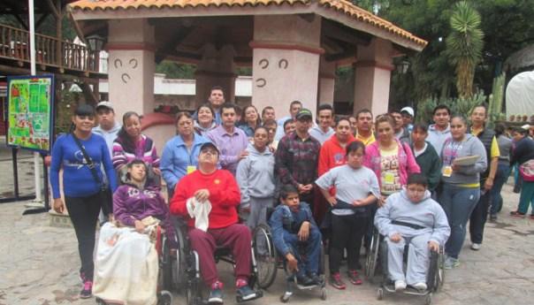DIF Entrega Aparatos Ortopédicos y sillas de Ruedas Gratuitos
