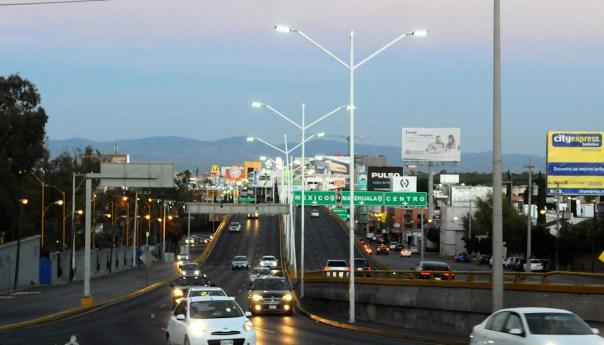 Mejoran niveles de iluminación de Espacios Públicos