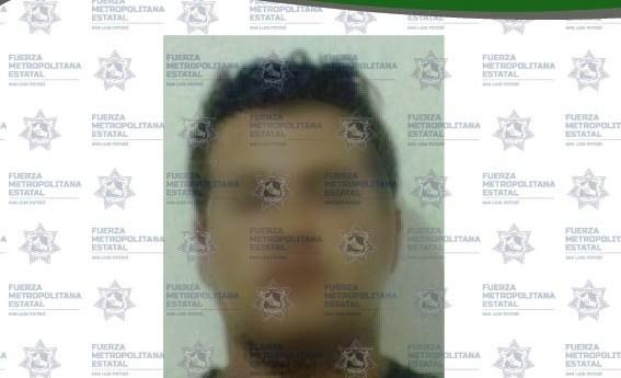 Sujeto es detenido por el delito de fraude