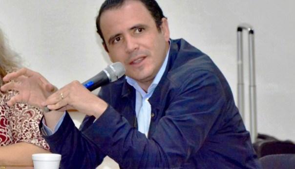 Peligro para la democracia desaparición del CEEPAC: Xavier Azuara