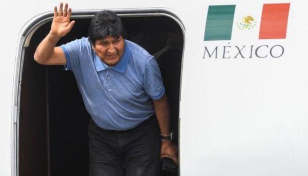 Evo Morales llega a México tras su renuncia a la presidencia de Bolivia