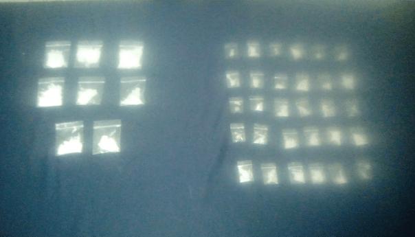 80 dosis de droga y una bolsa con marihuana, fueron aseguradas por fme; hay cuatro detenidos
