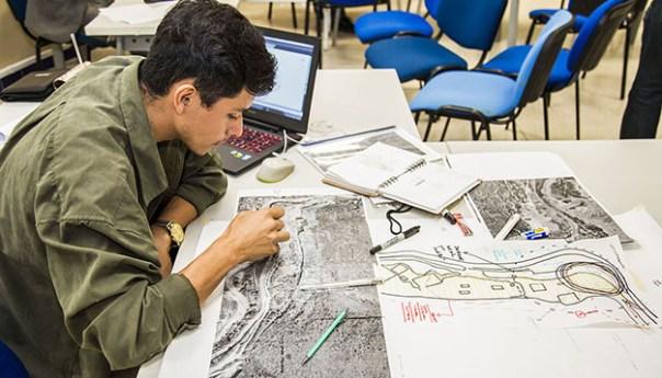 Arquitectura una de las 100 opciones de licenciatura en la UASLP