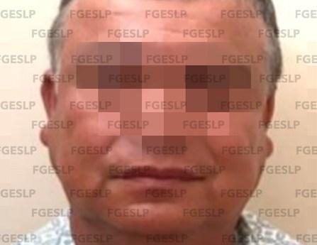 FGE detiene a un hombre por presunto ataque peligroso y amenazas en Tamasopo