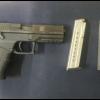 Por portación de arma de fuego y numerario, hombre es detenido