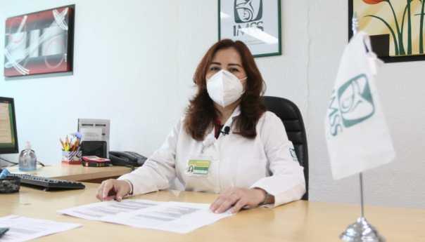 Autoexploración, detección y tratamiento temprano, la mejor fórmula contra el cáncer de mama: IMSS