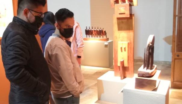Se inauguró la exposición Huellas en el desierto del artista potosino Jaime Galán