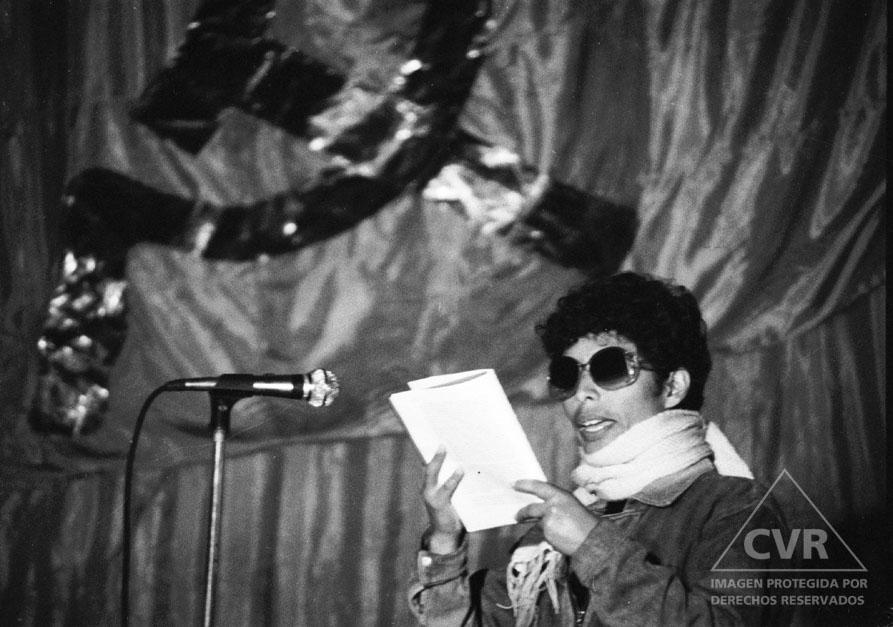 Caretas 1987. Manifestación senderista en la Universidad.