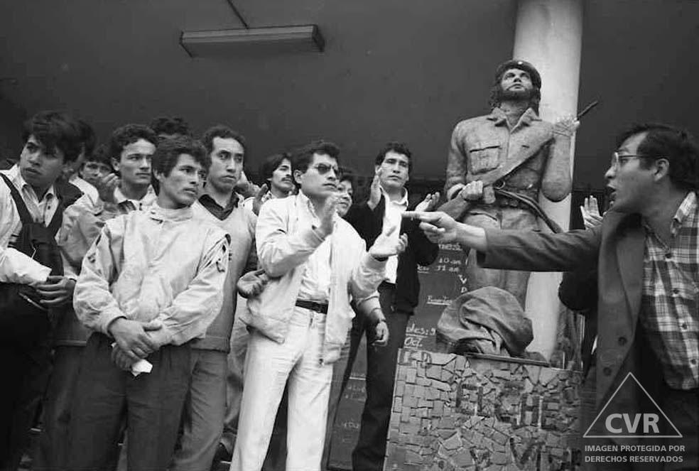 Taller de Fotografía Social (TAFOS), Efrey Becerra, 1990.