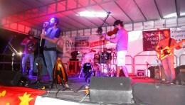 Voce, batteria e violino dei Lhi Jarris