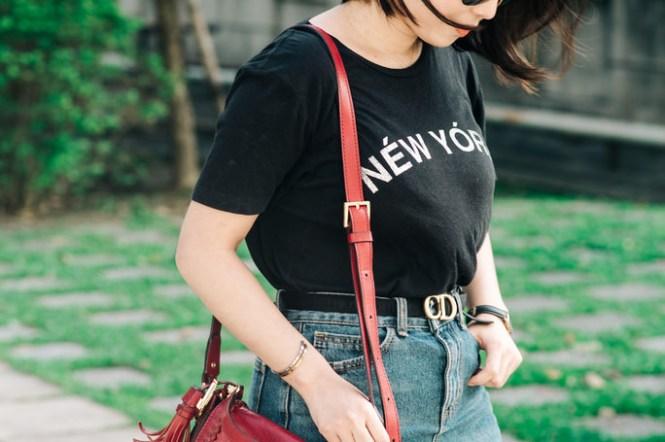 【Outfit】真・街拍~義大利必買The Bridge Pearl District Shoulder Bag + Rebecca minkoff New York Tee 穿搭