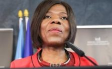 Thuli Madonsela Biography, Age, Husband, Contact Details & Net Worth