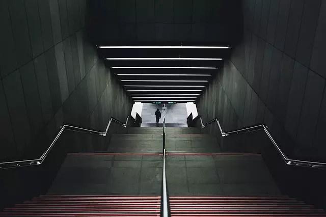Сънища със стълби - Спускате се надолу