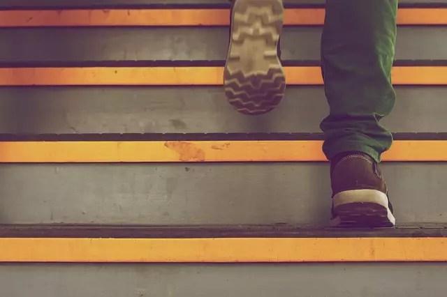 Сънища със стълби - Изкачването е трудно